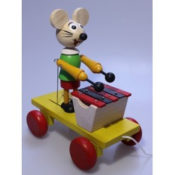 Mouse and xylophone